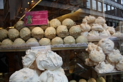 Meringue cookies in Germany
